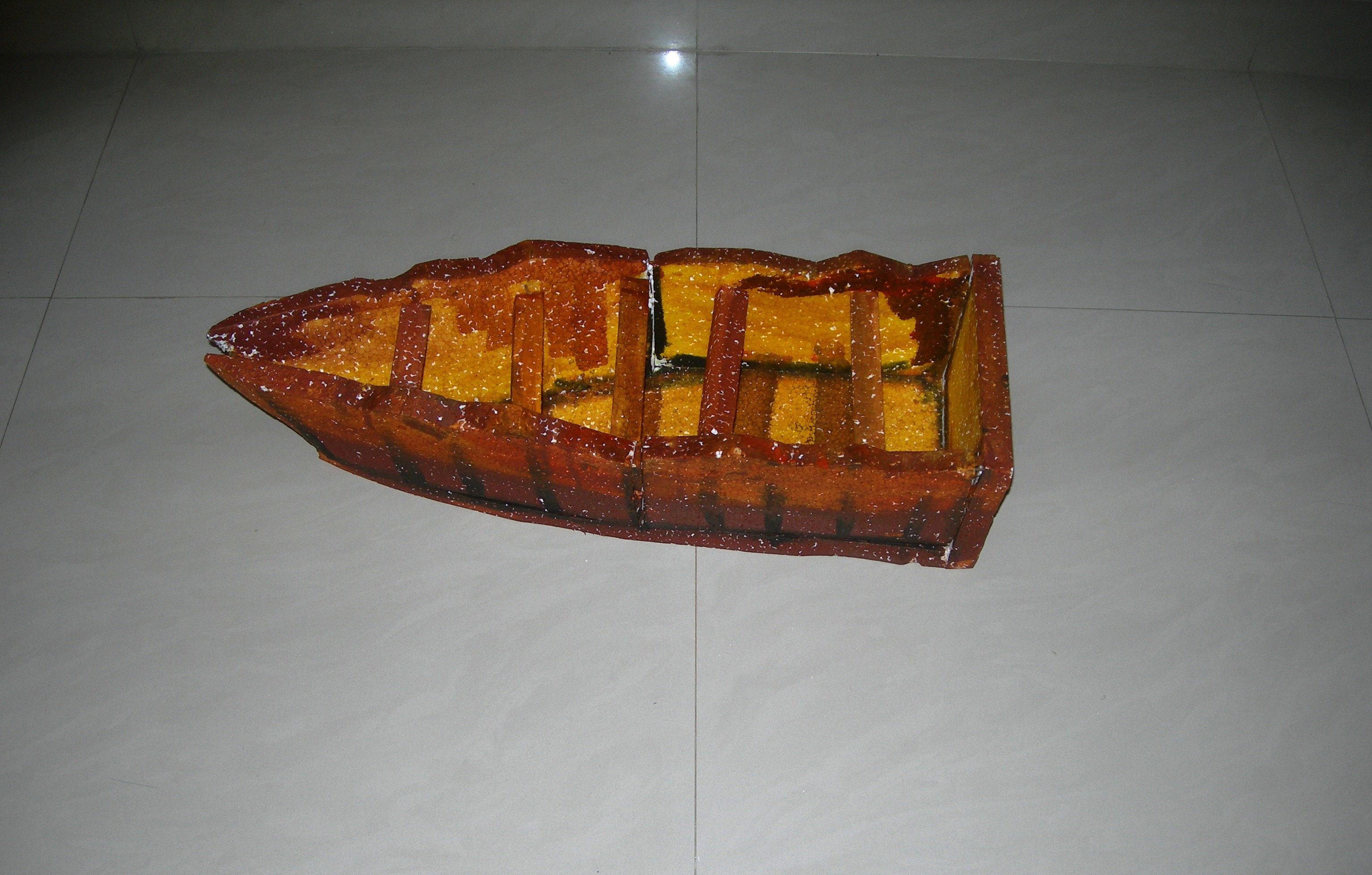 The boat supposedly built from the trunk of the apple tree :p