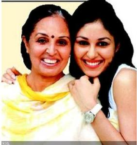 Pooja Chopra(Miss India 2009) and her mother