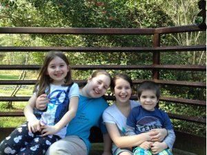 World Mom, Frelle's 4 children