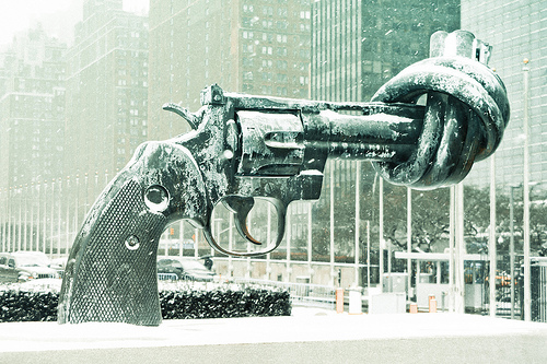 Knotted Gun sculpture outside UN Headquarters in NYC.