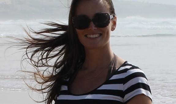 PORTUGAL: New Writer Interview - Julie