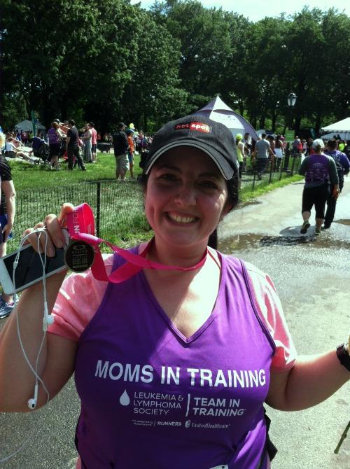 Maman Aya finishes the race