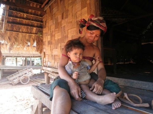 Mom and Baby Laos 500
